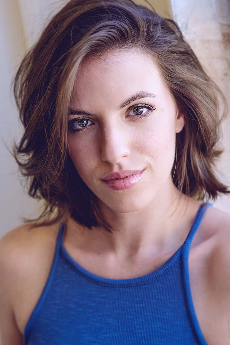 Actress Maria Cavassuto acting headshot by photographer Brad Buckman.