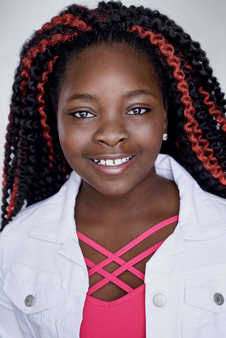 Tami Omole commercial headshot for acting.